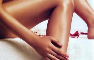 Гладкие женские ноги