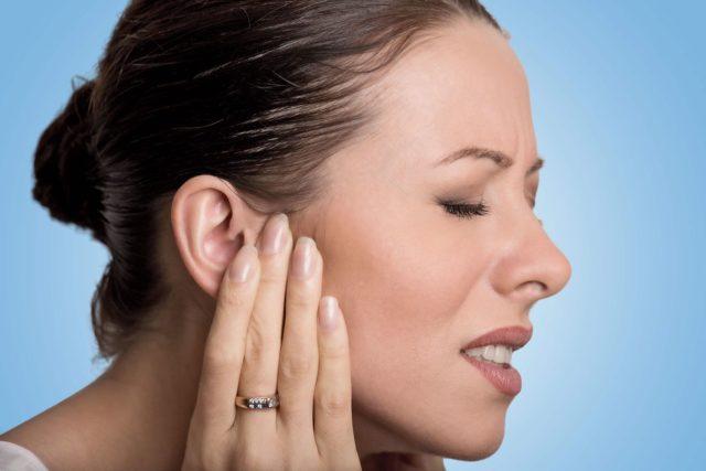 Симптомы болезни уха у взрослых